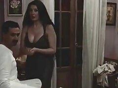 سه نفری خانه واقعی که توسط آماتورهای بزرگسال جوان معروفترین سایت سکسی فیلمبرداری شده است