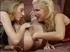 آکیرا ، پورنو استار آسیایی ، از blowjob پرشور برخوردار است بهترین سایت سکسی خارجی