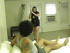 مدل پورنو سايت هاى سكسى جوان در رختخواب با آغوش باز فن می شود