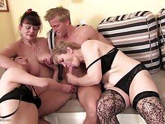 از این گذشته ، یک مثلث عشق سایت های انلاین سکسی می تواند به یک باند خوب تبدیل شود