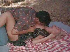 مدل پورنو جوان مشتاقانه با دوست پسرش بهترین سایت دانلود فیلم سکسی در الاغ قرار می گیرد
