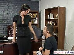 دختر ایمو emo جوان پس از مکیدن فالوس ، دوست دارد در سکس سکسی ایستاد فیلم سکسی سایت لوتی