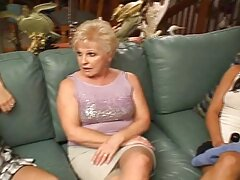 سه بازیگر پورنو شلوغ دارای عیاشی داغ لزبین است سایت های فیلم سکسی رایگان