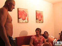 ستاره پورنو Slutty بالغ با لباس زیر قرمز تقریبا با یک سایت های سکسی رایگان آقا الاغ خوشمزه لعنتی