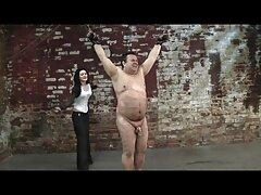 ستاره هالیوود بالیوود در لباس زیر زنانه سکسی ، زیبایی را به سایت های عکس سکسی دوربین می نوازد