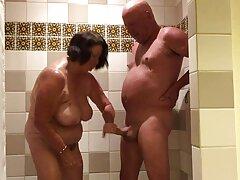 دو مدل پورنو معروفترین سایتهای سکسی شلوغ بالغ به طرز حریصانه تند و تند و تند خاموش با اسباب بازی های جنسی بزرگ